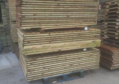 wrexham-garden-fencing-and-decking-supplier-008