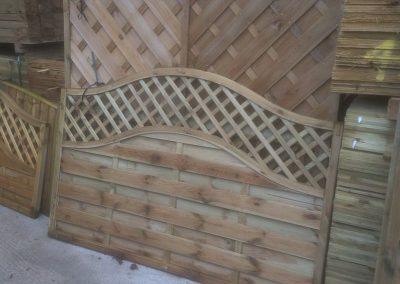 wrexham-garden-fencing-and-decking-supplier-010