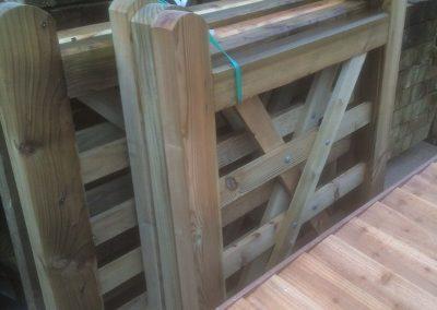 wrexham-garden-fencing-and-decking-supplier-019