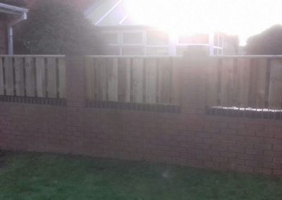 wrexham-fence-erection-002