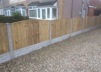 wrexham-fence-erection-009