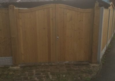 wrexham-fence-erection-010