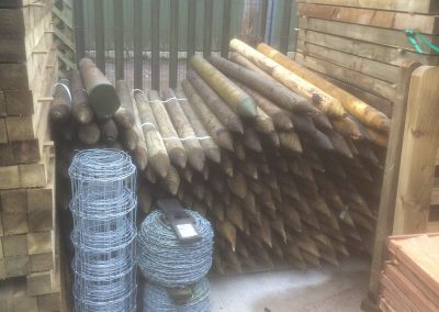 wrexham-garden-fencing-and-decking-supplier-002