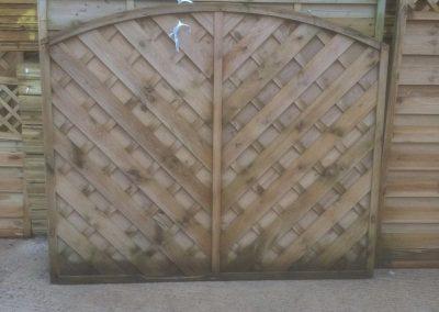 wrexham-garden-fencing-and-decking-supplier-011