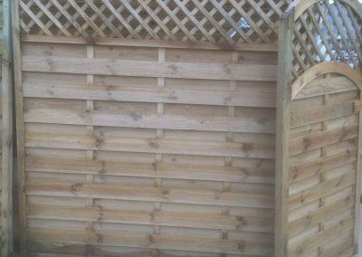 wrexham-garden-fencing-and-decking-supplier-012