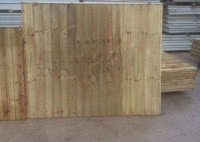 wrexham-garden-fencing-and-decking-supplier-025